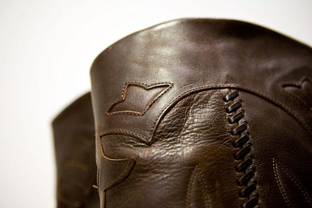 Concrete Flower: 100916: Vintage Boots