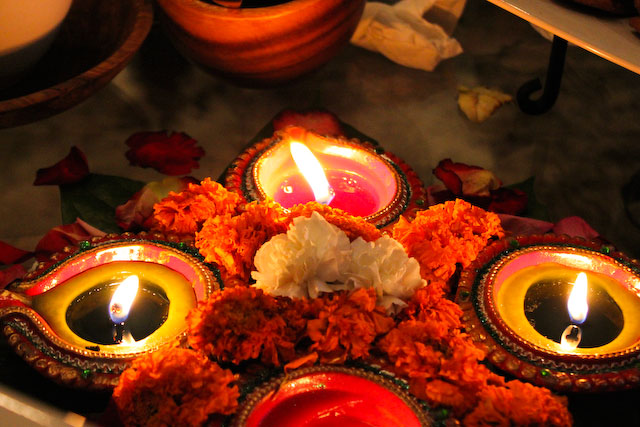 Concrete Flower: 101105: Happy Diwali
